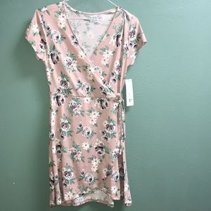 Wrap floral dress light pink size small